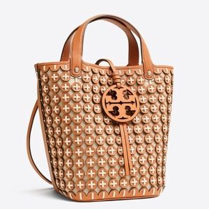 NWT Tory Burch Miller Chainmail Bucket Bag